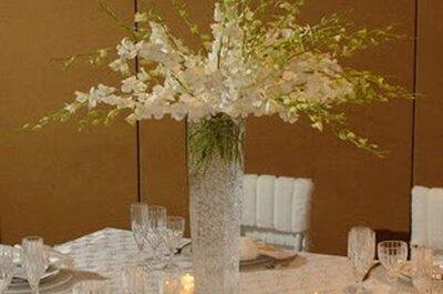 Ślub zimą: bukiety ślubne i dekoracje stołów
