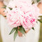 Buquês de noiva diferentes e românticos. Foto: 2Rings Trouwfoto