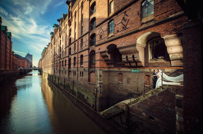 Die besten Hochzeitsfotografen für Hamburg – Feierlich in den Hafen der Liebe einlaufen!
