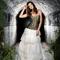 Vestido de novia largo con falda blanca y corset en color verde