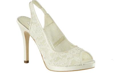 Tendencias zapatos de novia 2013