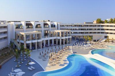 Your perfect destination wedding & honeymoon in Greece
