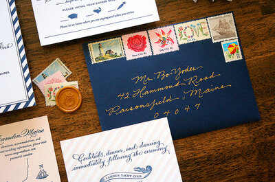 Viva el azul: 6 tipos de invitaciones de boda según el estilo del evento