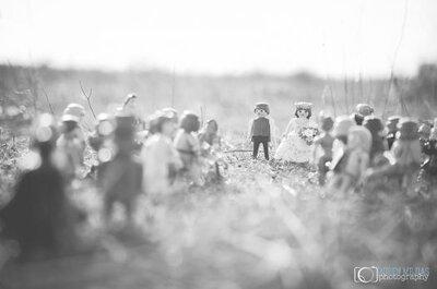 Ensaio de casamento feito com protagonistas muito especiais: bonequinhos Playmobil: