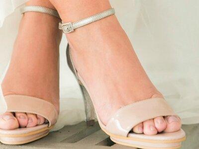 ¿Cómo escoger los zapatos para tu vestido de novia? ¡6 pistas para encontrar los que más te convienen!