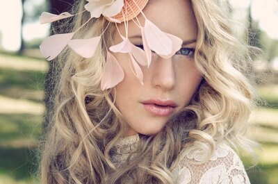 Acessórios que farão sua cabeça: arranjos de cabelo para convidadas