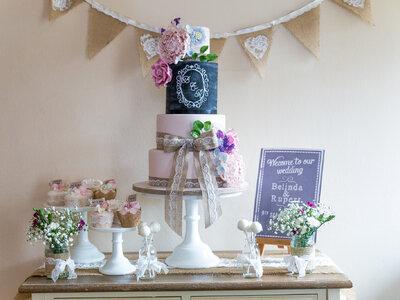 Tartas tipo chalkboard para tu boda: el efecto pizarra es ¡tendencia en 2017!