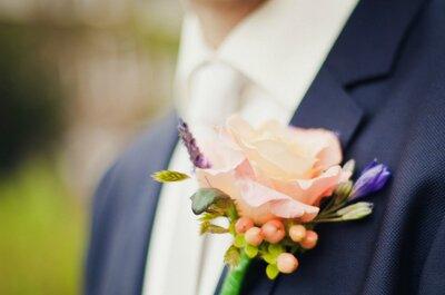 Details voor de bruidegom: stropdas, corsage of button