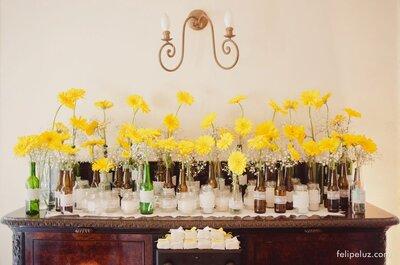 Decorando o casamento com vasos e potes de vidro diferentes