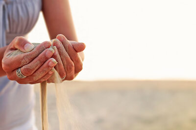 Ceremonia de la Arena: dale un toque místico a tu boda