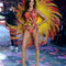 Joan Smalls no desfile de Victoria´s Secret.