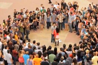 Chiedere la mano? Prova con il flash mob per un sì assicurato!