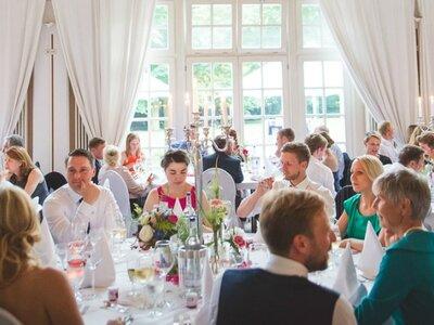 Tipps für die Erstellung der Gästeliste: Hochzeitsplanerinnen verraten Ihnen wie es geht!