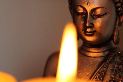 Le mariage bouddhiste : Organisation et traditions d'une belle union de deux âmes