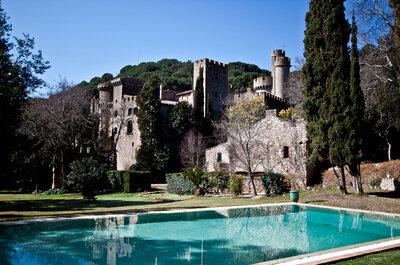 Celebra una boda de cuento de hadas en el Castell de Santa Florentina