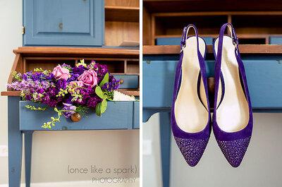 Sapatos de noivas de diferentes cores e estilos