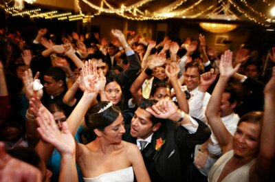 Avoid an Empty Dance Floor! 5 Tips for Hiring a Great Wedding Band