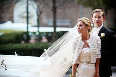 Coprispalle, stole e pellicce per il tuo matrimonio in inverno: bye bye freddo!