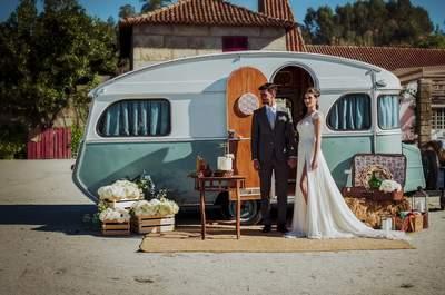 Looks para la pareja perfecta: combinaciones ideales para una boda campestre