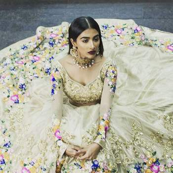 Bridal Wedding Outfit 2017: The best from the best