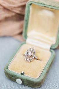 Aposte num anel de noivado vintage