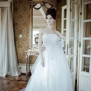 Vestidos de noiva com saia volumosa 2017: para você viver o SEU sonho!
