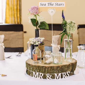 Show stopping centrepieces for all styles and themes: Wow your guests with these fab ideas!