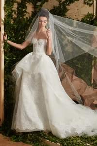Brautkleider 2017: Frische Designs für die nächste Hochzeitssaison