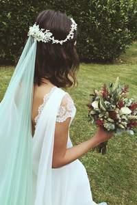¿Llevarías un velo de color en tu boda?