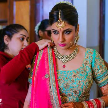 Astonishing bridal look 2017: Get an perfect look from makeup artist Sakshi Malik!