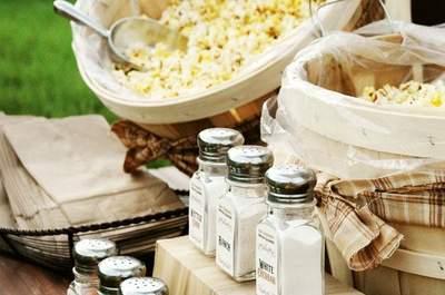 Un banquete ¡de cine!: ofrece palomitas de maíz en tu catering de matrimonio