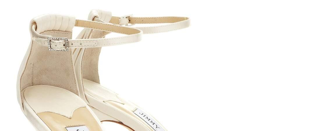Brautschuhe für einen bequemen Hochzeitstag gesucht? Wie wärs mit diesen sommerlichen Sandalen?