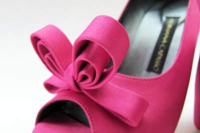 Hermosos zapatos de novia sobre medidas de Adriana Capasso