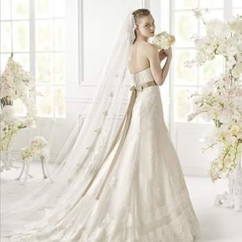 A linha perfeita: a magia de um cinto aplicado num vestido de noiva!