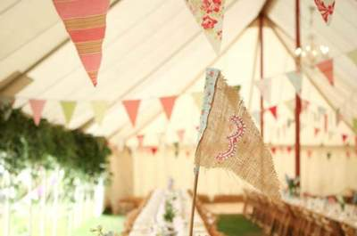 Create a fun wedding with some beautiful bunting!