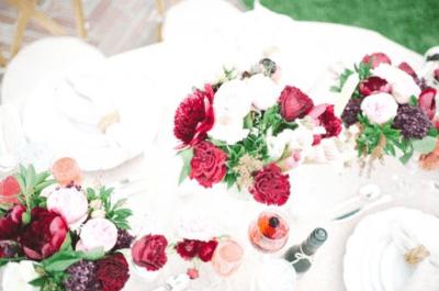 Decoración clásica de matrimonio con rosas este 2015