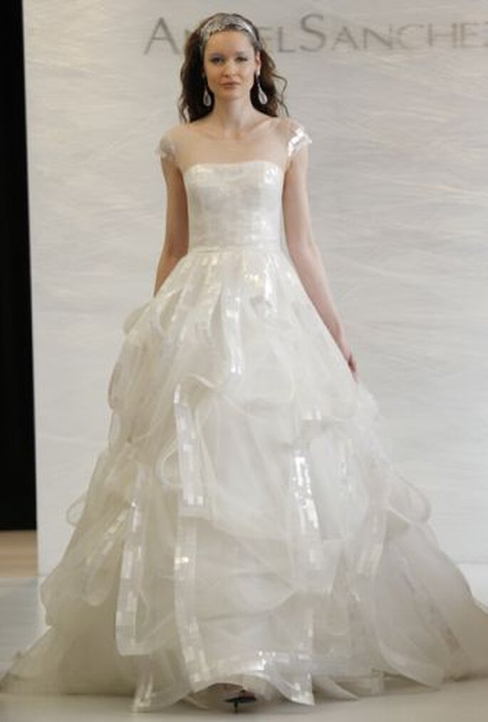 Angel Sanchez Spring 2013 wedding dress