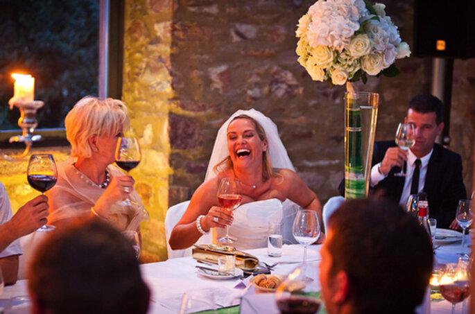 Braut Christina, sichtlich gelöst. - Foto: Benni Wolf.