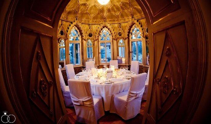 Stilvolle Tischdeko für eine Hochzeit im Schloss. Foto: Katja Schünemann. www.ks-weddings.de