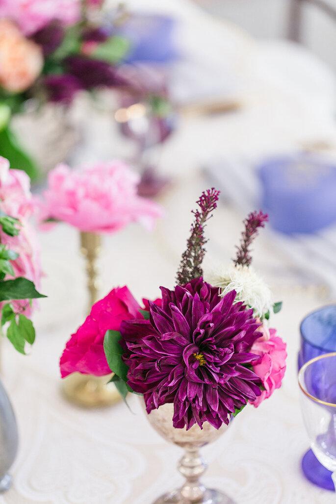Púrpura en tu boda - We Heart Photography