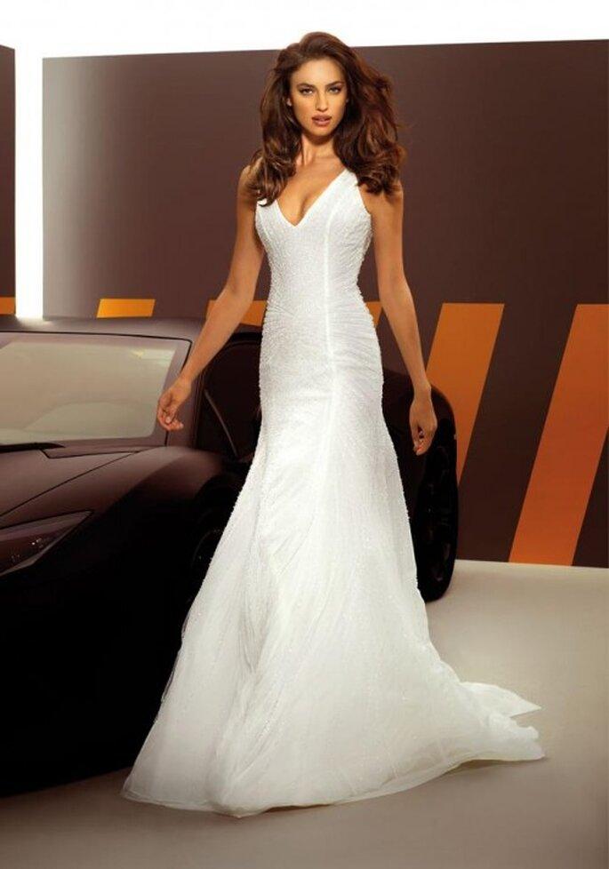 Vestido de novia sexy y elegante de moda en 2013 - Foto Alessandro Angelozzi Facebook