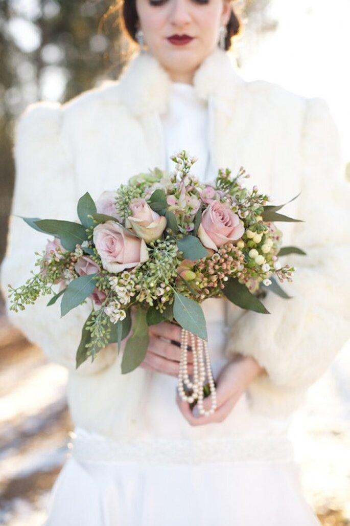 """Bouquet de mariée façon """"Gatsby le Magnifique"""" - Photo Live View Studio"""