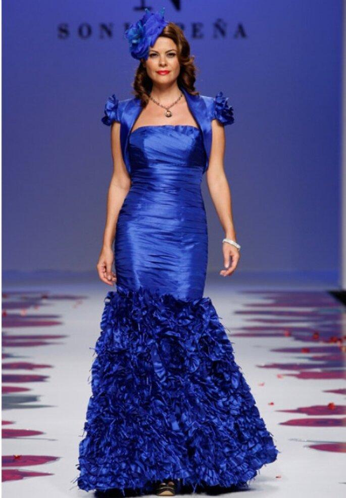 Elegante Brautmode für's Standesamt von Sonia Peña aus der Kollektion 2012.