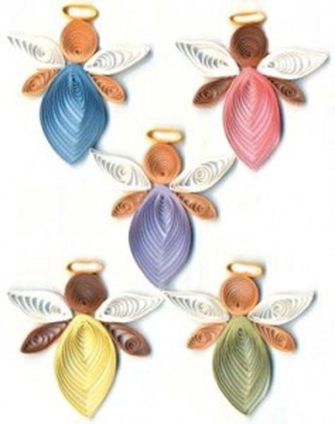 Angelitos hechos con quilling
