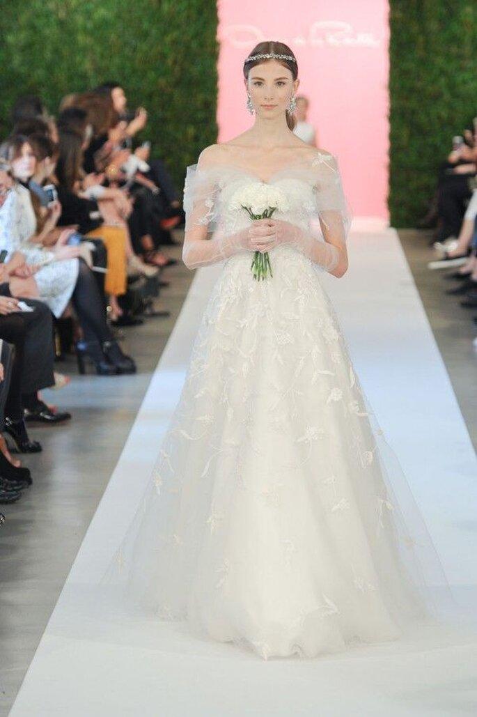 Robes de mariée 2015 avec épaule tombante - Photo Oscar de la Renta