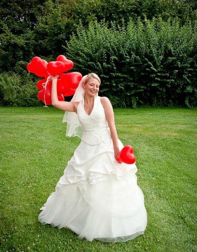 Velo de codo apropiado para bodas de día. Foto:Yaisog Bonegnasher