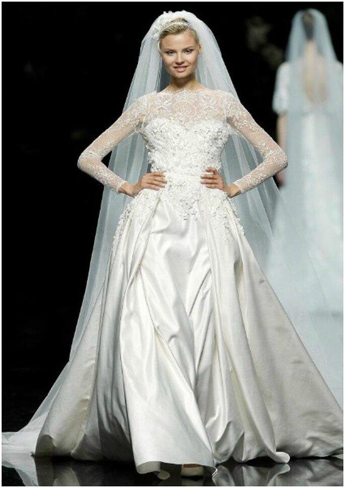 Vestido de novia de corte princesa, de Pronovias 2013. Foto: Pronovias