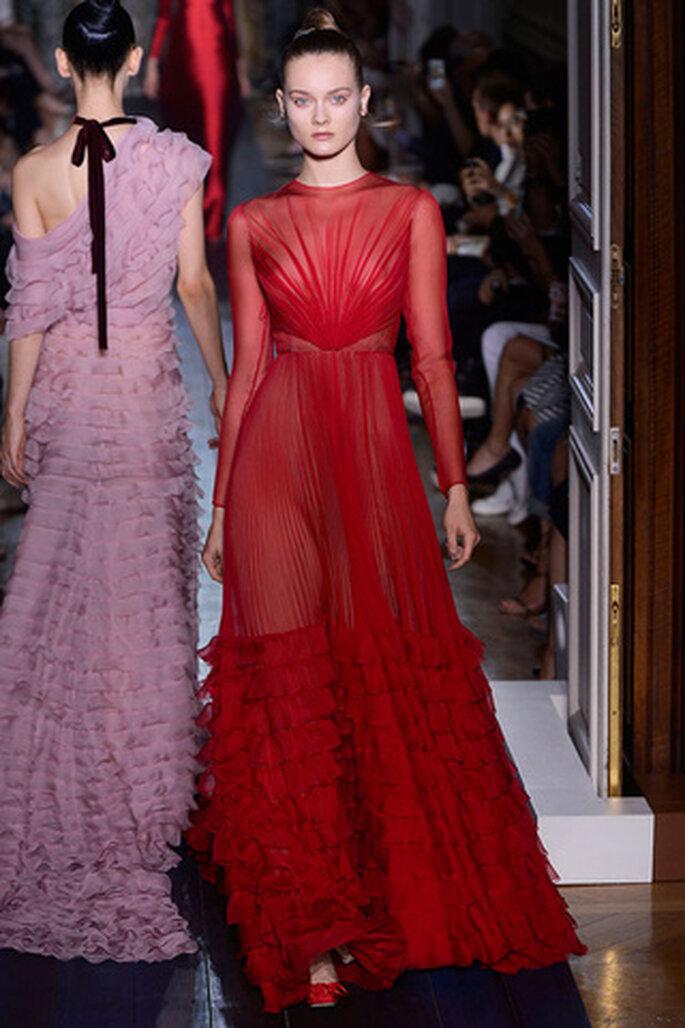 Lleva un vestido rojo a la boda. Pasarela Valentino Haute Couture Paris Otoño invierno 2012/2013