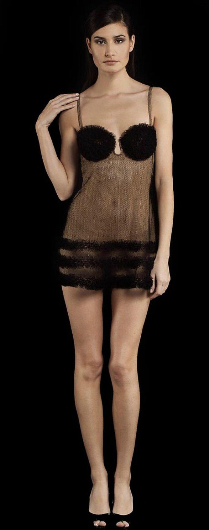 Lingerie noire et transparente : chic et sexy - Photo : www.laperla.com