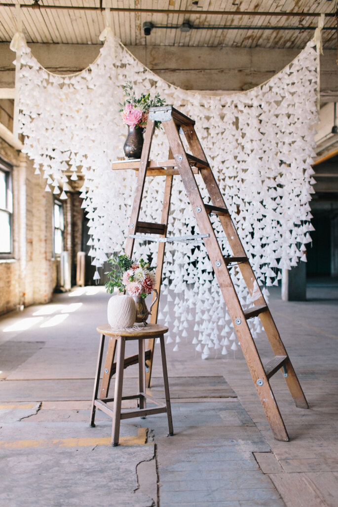 Escaleras de madera en las bodas 2016: Un detalle creativo y versátil